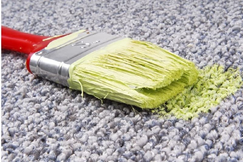 how to get oil based paint out of carpet