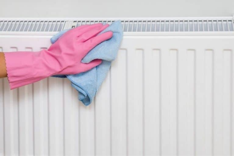 How to Clean a Radiator with Baking Soda and 6 Useful Tips!