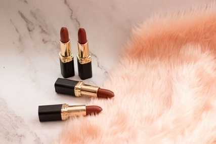 How to Get Lipstick Out of Carpet in 8 Easy Ways