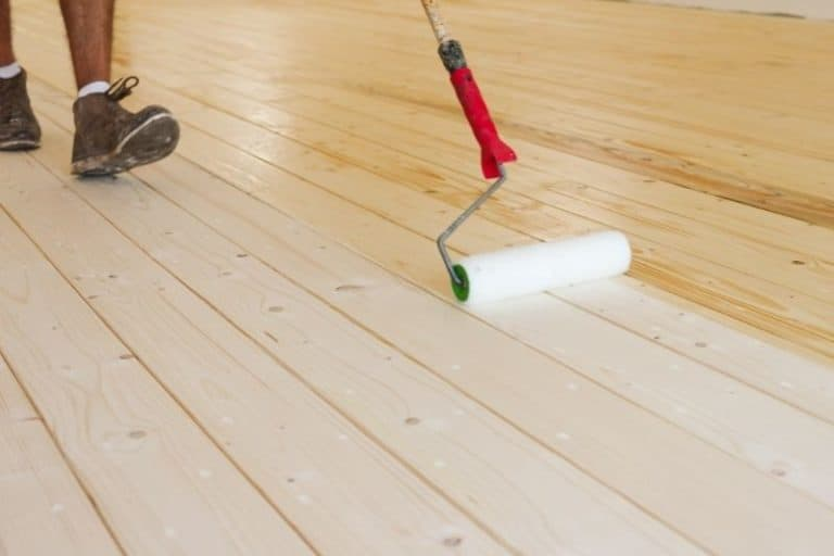 Can I Apply Polyurethane with a Roller?
