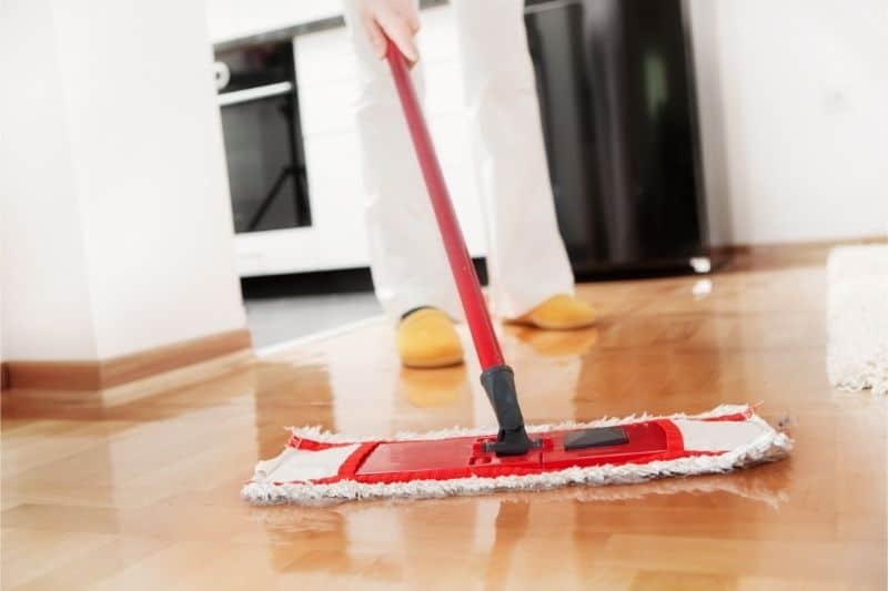 can you clean hardwood floors with bleach