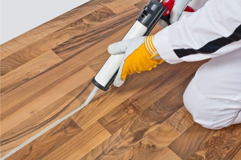 sealing laminate floor