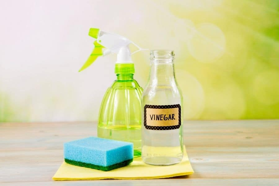 how to get wood glue out of carpet with white vinegar