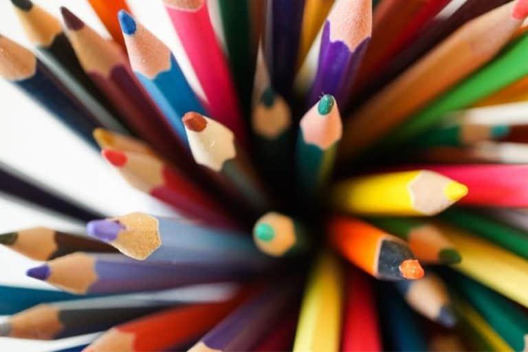 12 Easy Colored Pencil Storage Ideas